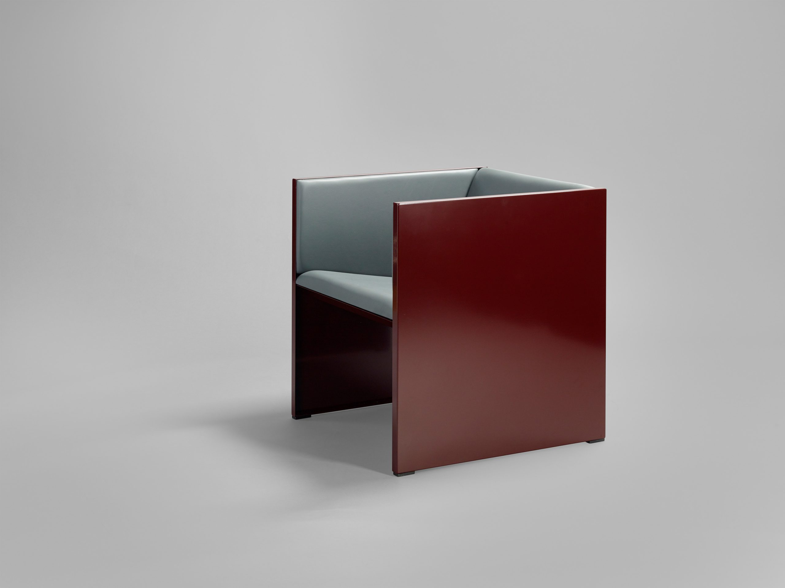 https://www.minustio.se/wp-content/uploads/2021/03/Lodger-armchair2-scaled.jpg