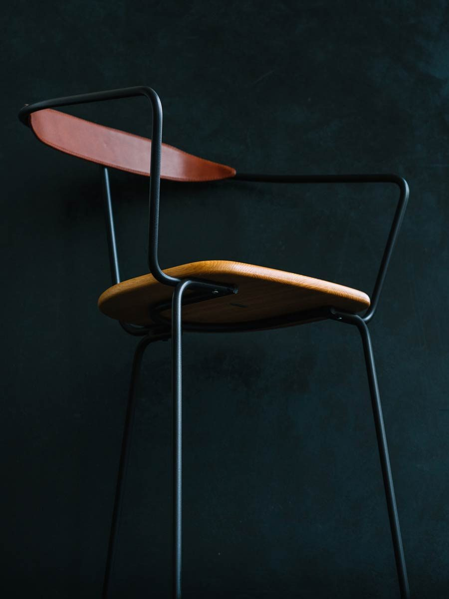 https://www.minustio.se/wp-content/uploads/2021/04/Ghost-Chair-black-oak-seat-brown-leather-2-photo-by-Aiala-Hernando-900x1200-2-900x900.jpeg